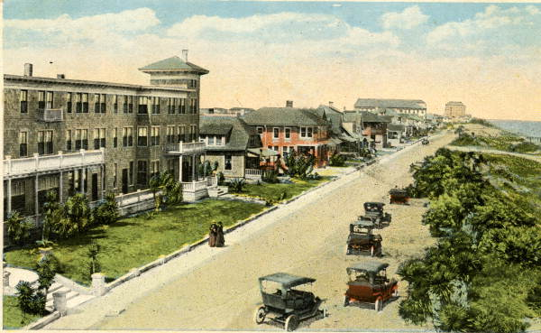 %u201CAtlantic Avenue, Daytona Beach, 1919%u201D Postcard by H & W.B. Drew Co., courtesy of State Archives of Florida, Florida Memory